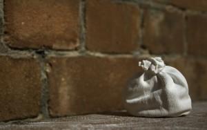 Chalkball vor einer Mauer - Chalkballs